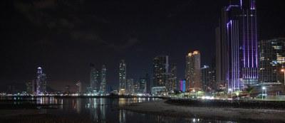 Horizonte a Noite da Cidade do Panama